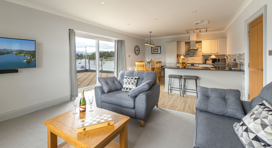 Mereside Apartment - Self Catering Accommodation